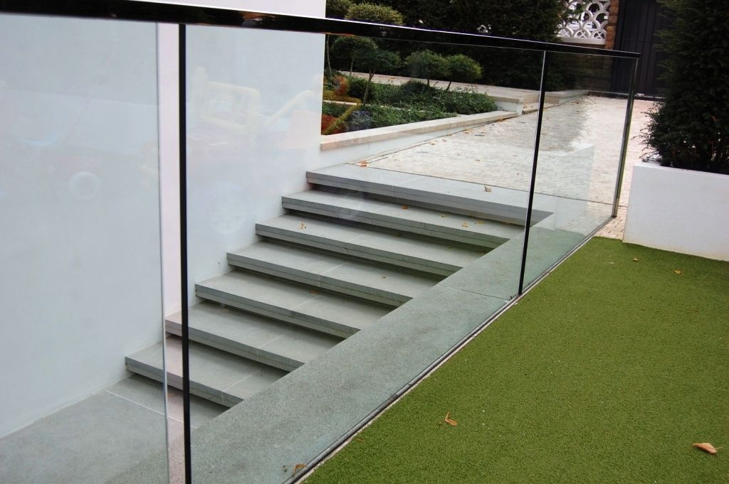 Glass-Balustrades-Partitions-for-Slider_02