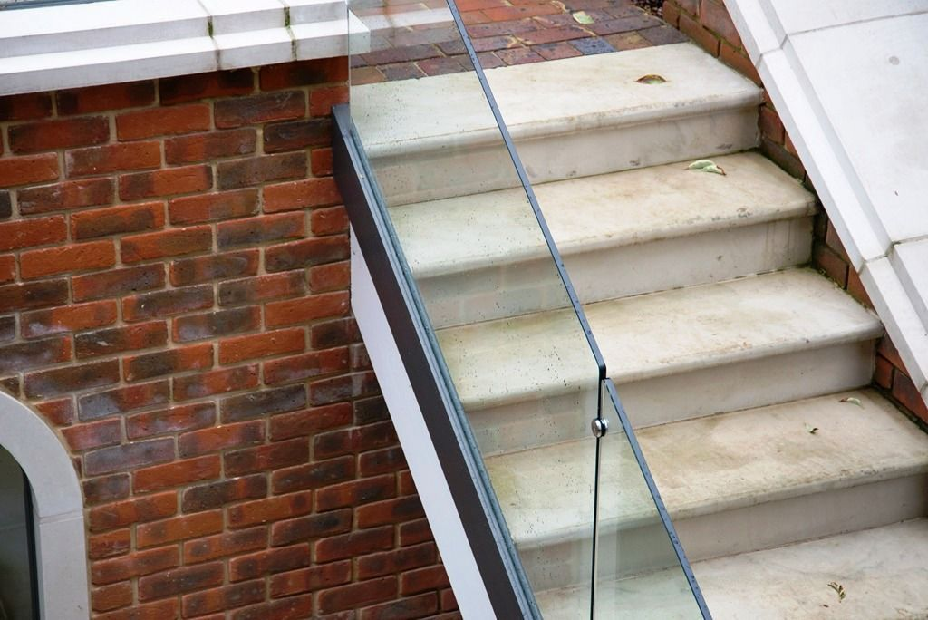 Glass-Balustrades-Partitions-for-Slider_15