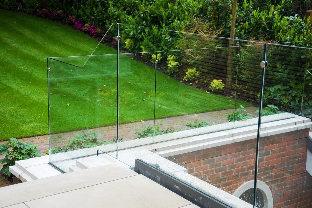 Glass-Balustrades-Partitions-for-Slider_16