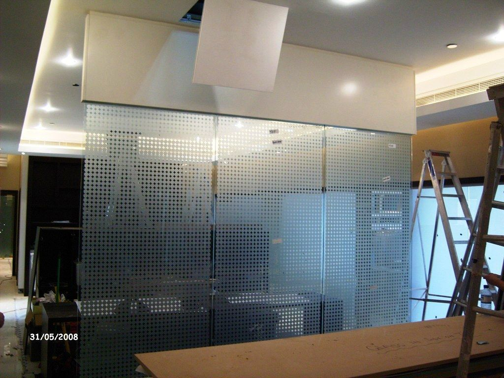 Glass-Balustrades-Partitions-for-Slider_41