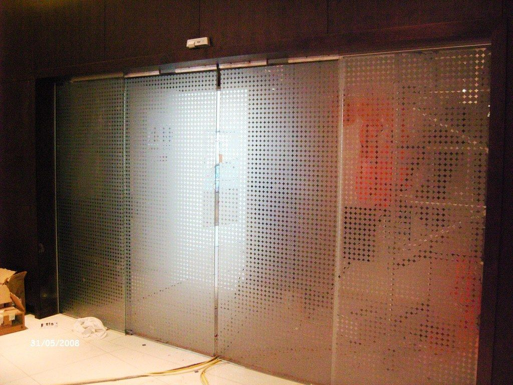 Glass-Balustrades-Partitions-for-Slider_42