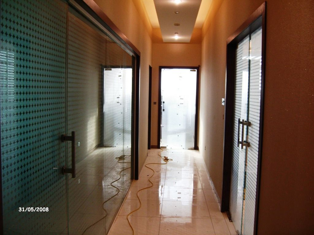 Glass-Balustrades-Partitions-for-Slider_44
