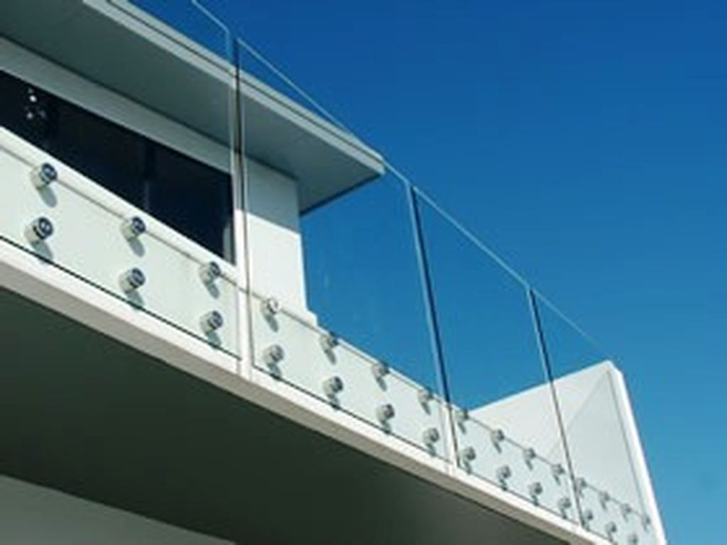 Glass-Balustrades-Partitions-for-Slider_45