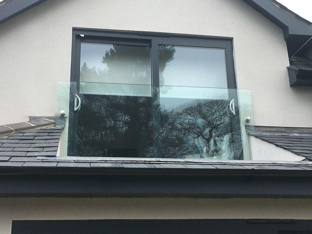 Glass-Balustrades-Partitions-for-Slider_48