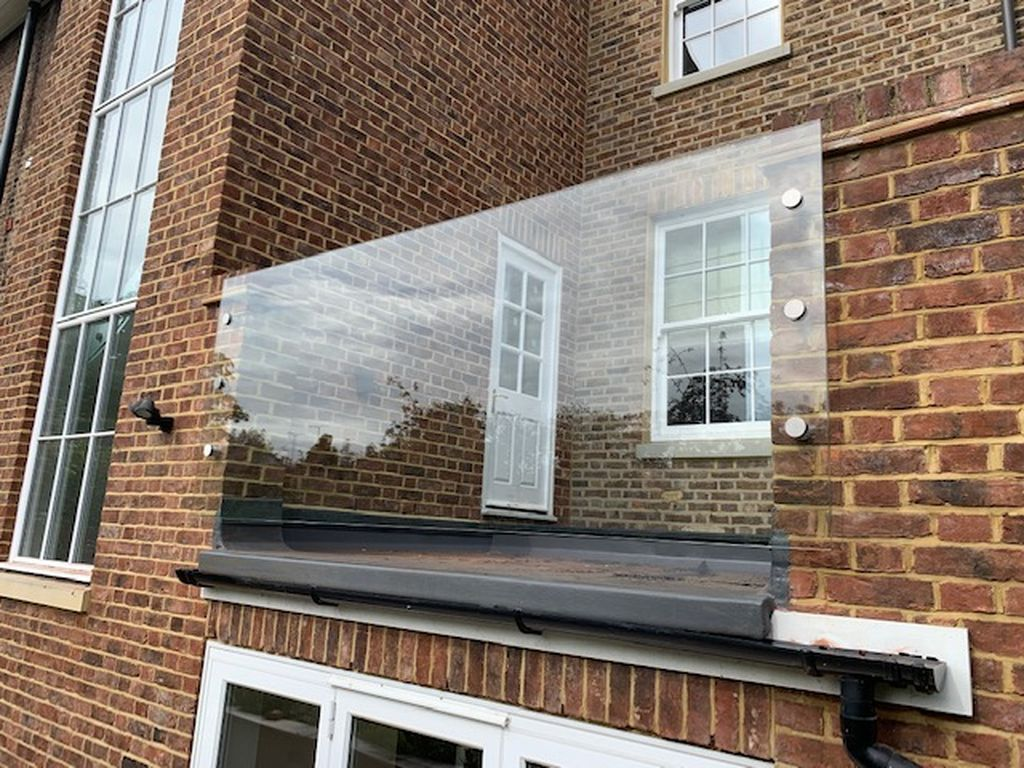 Glass-Balustrades-Partitions-for-Slider_61