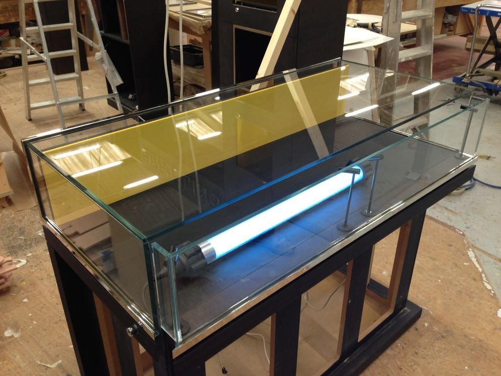 Glass-Display-Cases_21