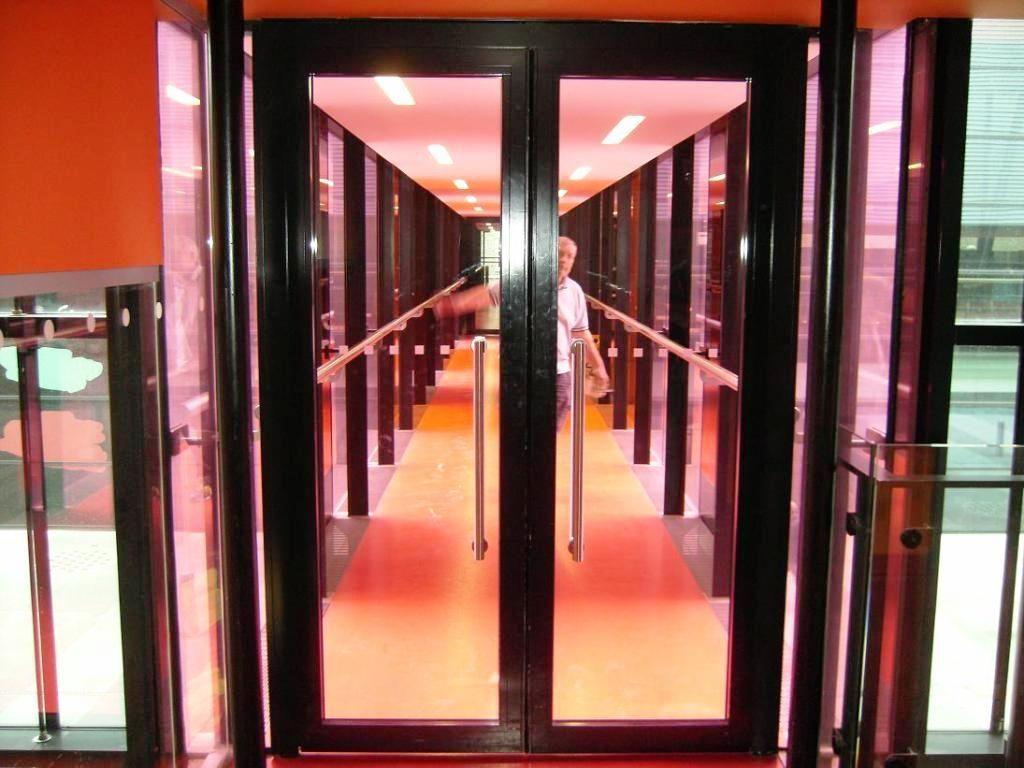 Glass-Doors_62