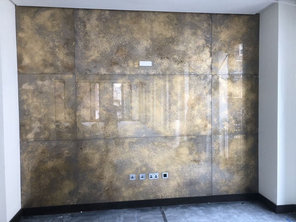 Antique-Mirror-Wall