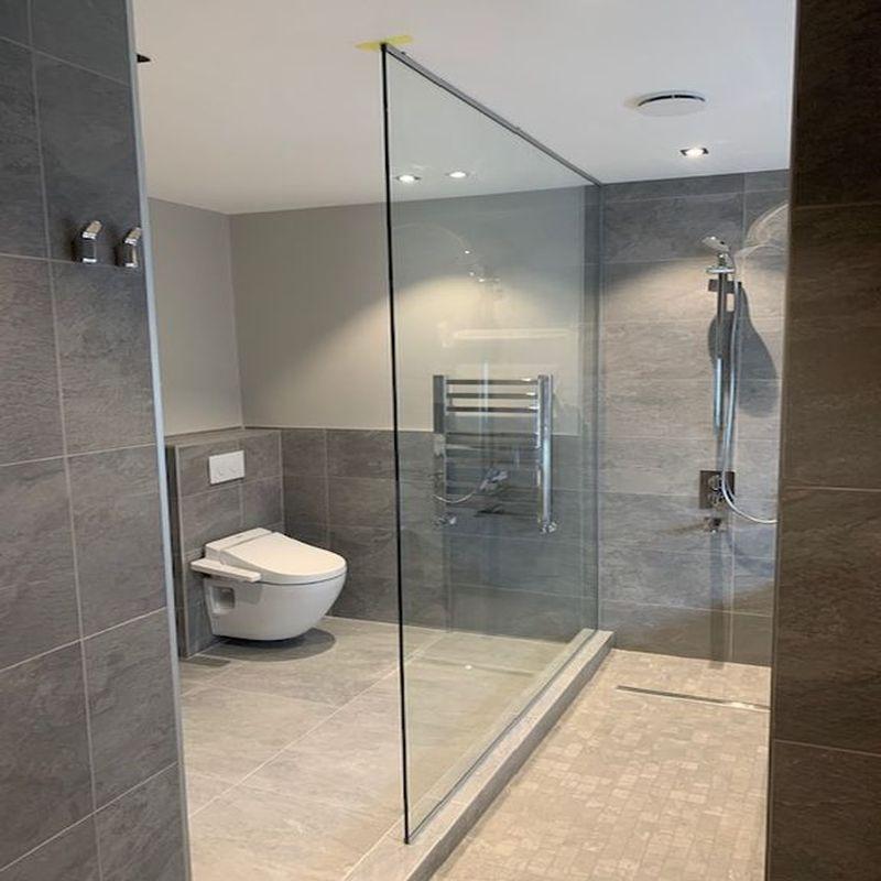 Glass-Shower-Doors-Enclsoures_18