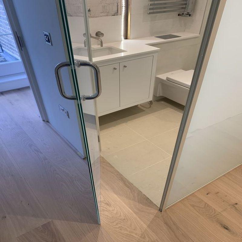 Glass-Shower-Doors-Enclsoures_32