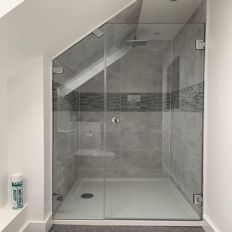Glass-Shower-Doors-Enclsoures_37