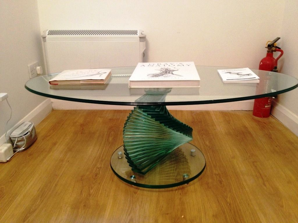 Glass-Tables-Furniture_15